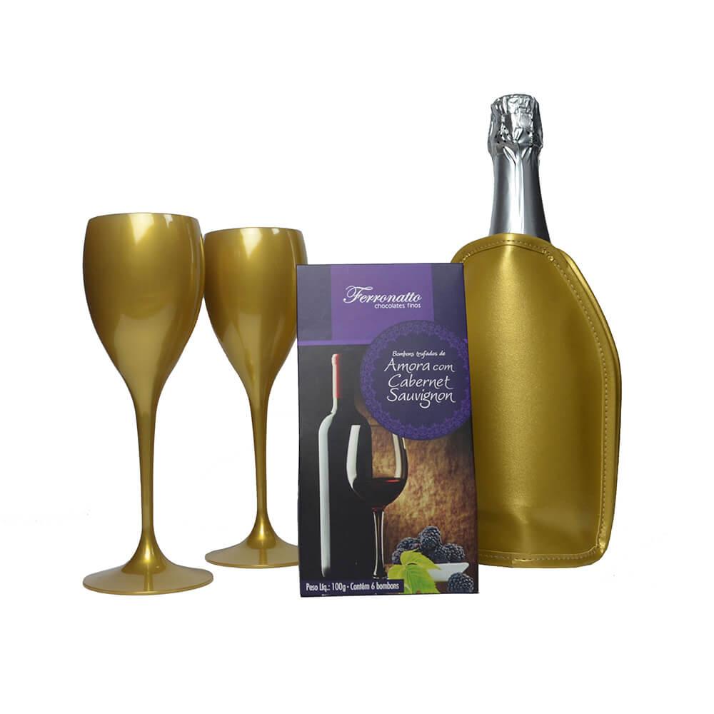 Jogo de Taças de Vinho e Cooler Térmico Dourado com Gel e Bombons Trufados Amora Cabernet Sauvignon